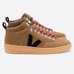 RORAIMA SUEDE BROWN BLACK GUM-SOLE VEJA
